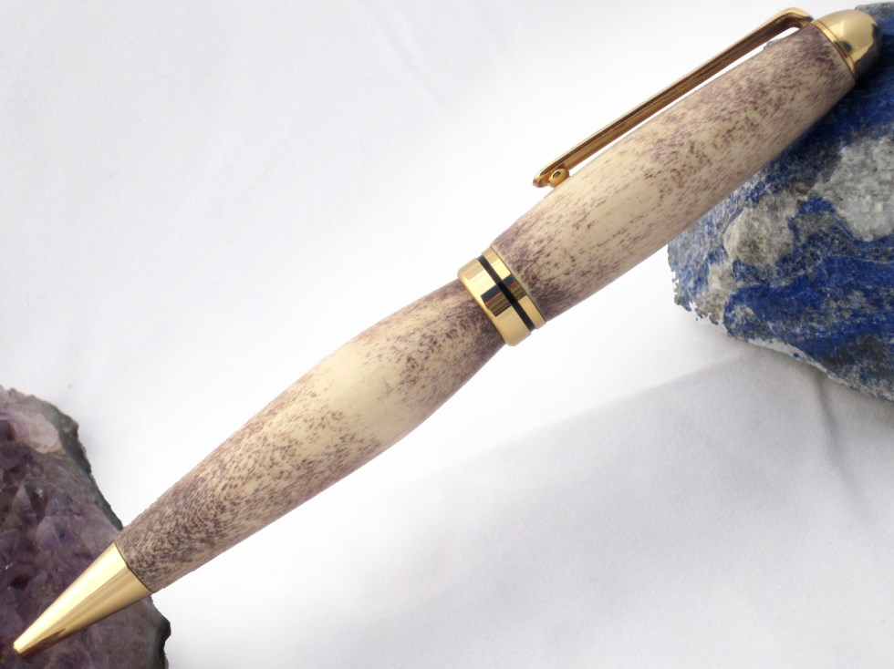 Speckled purple handcrafted pen in gold setting