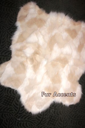 2x3 Tan and White Faux Fur Sheepskin Accent Rug