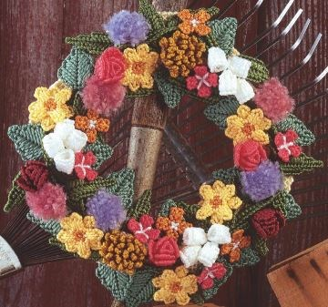 Garden Bloom Door Wreath Plastic Canvas Pattern